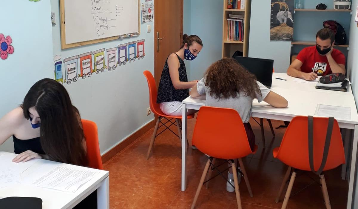 Acceso PAU EBAU Centro de Estudios Academia Formación Autoescuela en Mutxamel